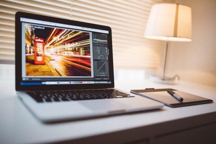 Hvordan bruger du din laptop til at tjene penge?