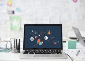 Interessen for aktier stiger – adgang på laptop gør det nemmere