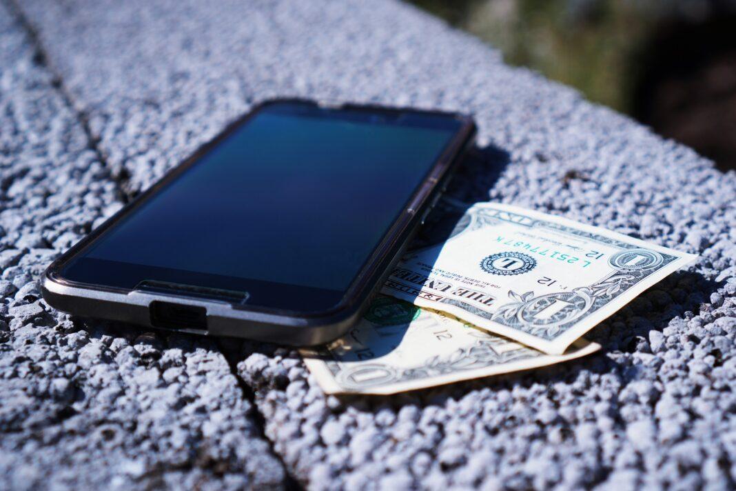 Sådan finder du det billigste mobilabonnement